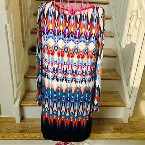 Vince Camuto colorful graphics pattern dress. 8